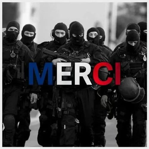 Rétablir la peine de mort en France pour les tueurs au nom d'Allah ! Rien ne peut excuser l'agissement de nos gouvernants, laxistes et complices sous couvert du bien vivre ensemble : ils sont responsables de ces tueries engendrées par leur angélisme  107720935
