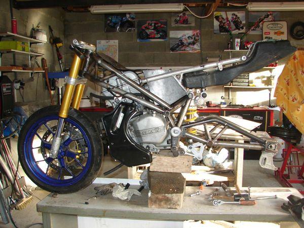 LC4 640 Racer... en 3D !!  80960480_p