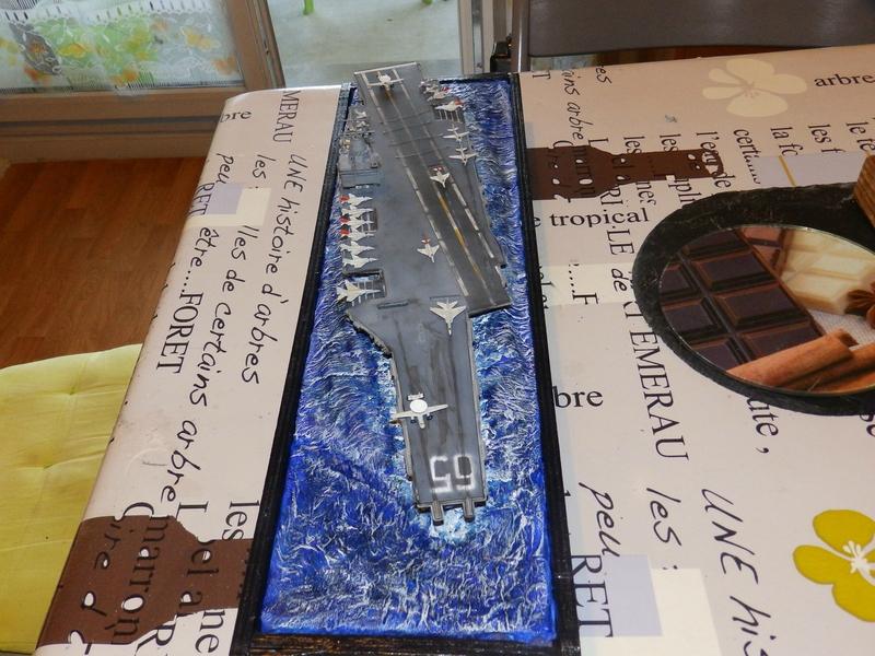 Porte avion USS ENTREPRISE-revell-[Mise en scène marine] 1/720. 105900757