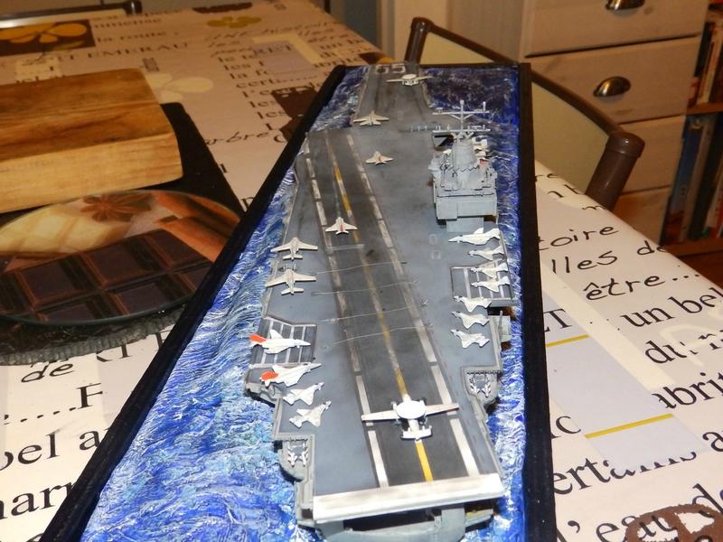 Porte avion USS ENTREPRISE-revell-[Mise en scène marine] 1/720. 105901425
