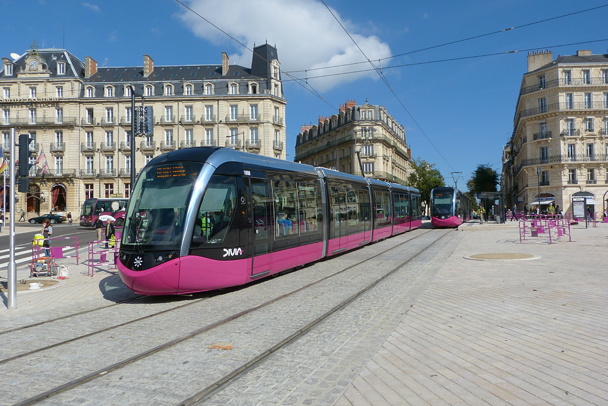 À Dijon, la carte bancaire devient un ticket de transport ! Par Thomas Ducres  89952567_o
