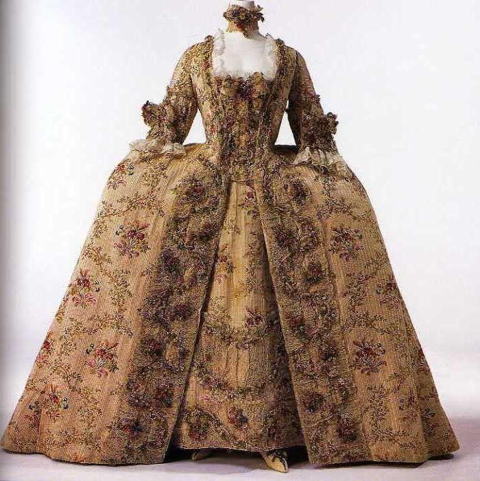 Robes du XVIIIe siècle 51901070