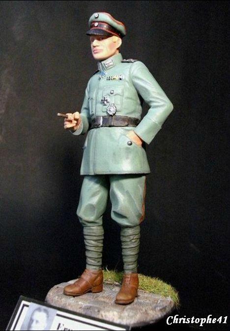 Vitrine de Christophe41 ( le 30.12.2019 : buste légionnaire 1918) - Page 5 107931389_o