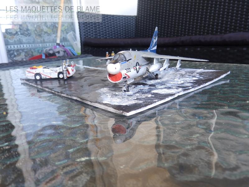 DIORAMA ATTENTION À LA FUITE (A7-A CORSAIR 2 VA-153 BLUE TAIL FLIES)!!!! 115181946