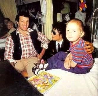 Foto di Michael e i bambini - Pagina 22 101864181
