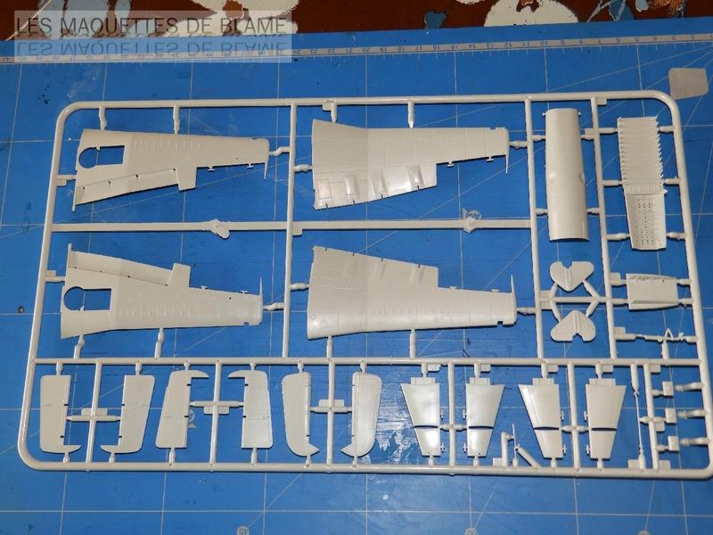 FAIREY GANNET T5 (EN VOL) N°849 UK 1964 Revell 1/72 112607304