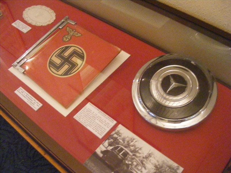 la Mercédès cadeau de Leclerc à de Gaulle 115478211