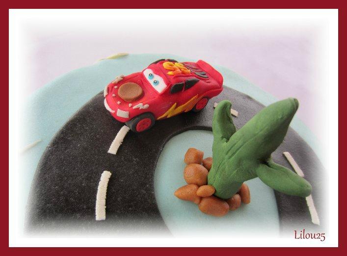 Cars quatre roues : Flash McQueen et ses amis - Page 10 107996685