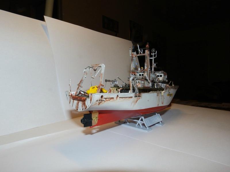 LE SUROIT heller (Mise en scène marine) 1/200 102467878