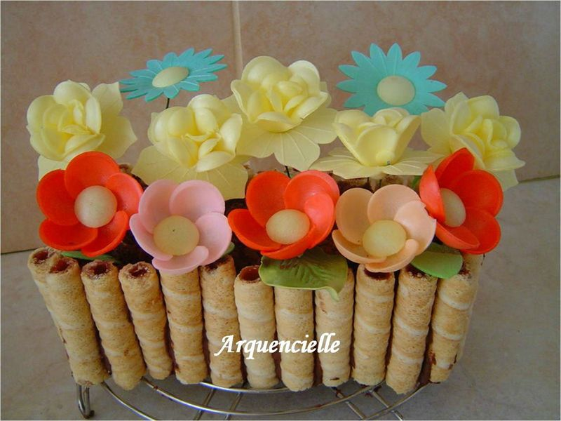 jardinière et pot de fleurs 80836811