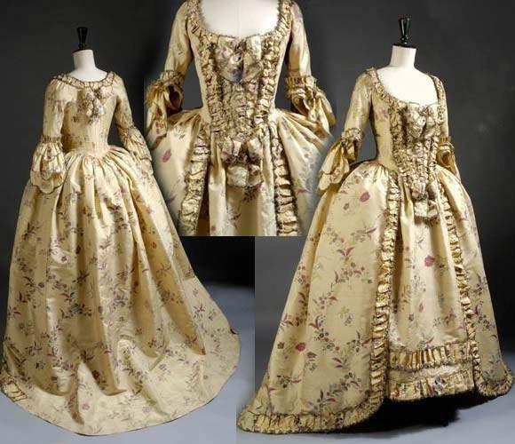 Robes du XVIIIe siècle 8275130
