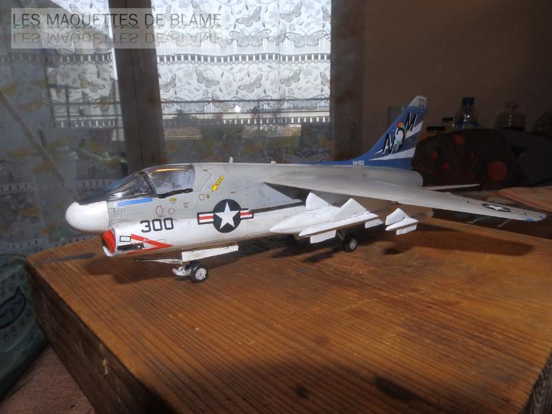 A7-A CORSAIR 2 VA-153 BLUE TAIL FLIES (1/72) HASEGAWA.(intégration à suivre dans un diorama). 114789598