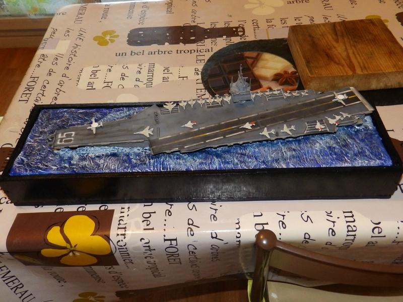 Porte avion USS ENTREPRISE-revell-[Mise en scène marine] 1/720. 105900765
