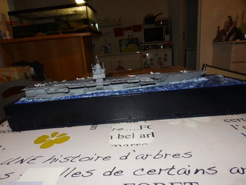 Porte avion USS ENTREPRISE-revell-[Mise en scène marine] 1/720. 105901458