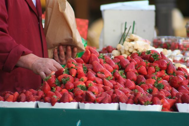 Commande de fraises 35570734