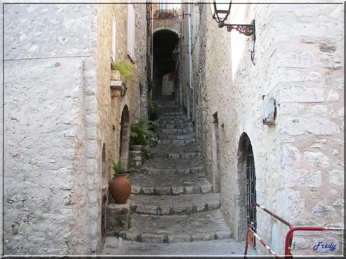 Portes fenêtres et escaliers. 20060613_113