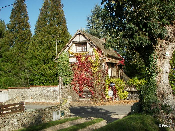Fontaine Sous Jouy, avec OVS 20091012_035