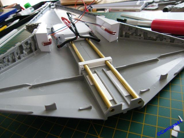 REPUBLIC STARDESTROYER REVELL - MONTAGE & ECLAIRAGE - Page 6 SSCF0875