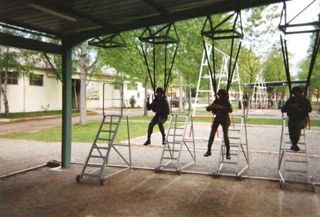 PAU ---ASTRA ANN2E 80 Pau1996n2