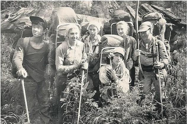 Безумие и кровь из ушей: Странная гибель шести туристов в горах Прибайкалья в 1993 году 07862281