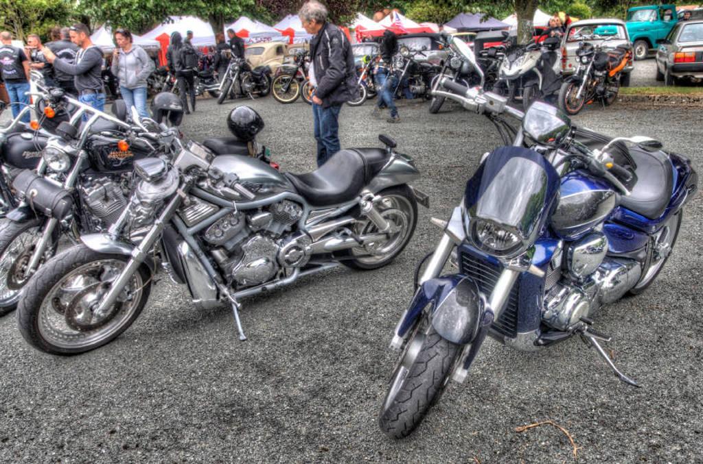 CR & Photos : TSO 23-24/05/2015 : Durfort (81) , Expo. Autos / Motos Harley US + Concerts  Durfort%201