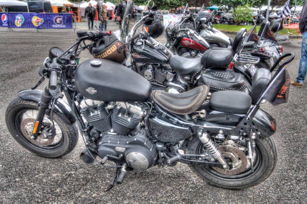 CR & Photos : TSO 23-24/05/2015 : Durfort (81) , Expo. Autos / Motos Harley US + Concerts  Durfort%2013