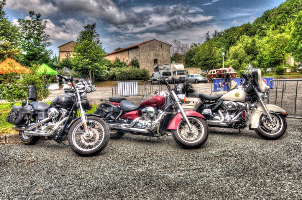 CR & Photos : TSO 23-24/05/2015 : Durfort (81) , Expo. Autos / Motos Harley US + Concerts  Durfort%2020