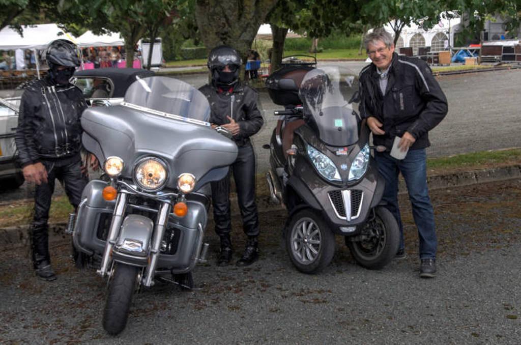 CR & Photos : TSO 23-24/05/2015 : Durfort (81) , Expo. Autos / Motos Harley US + Concerts  Durfort%2021