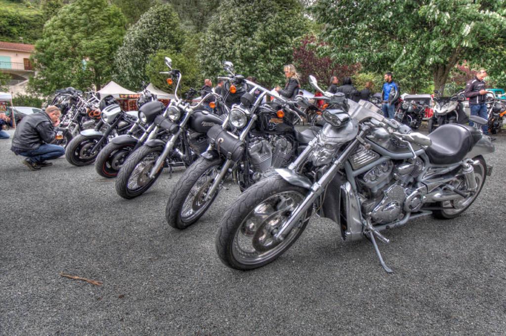 CR & Photos : TSO 23-24/05/2015 : Durfort (81) , Expo. Autos / Motos Harley US + Concerts  Durfort%203