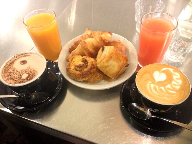 Dimanche 25 octobre Petit-dejeuner-brunch-cafe-coutume