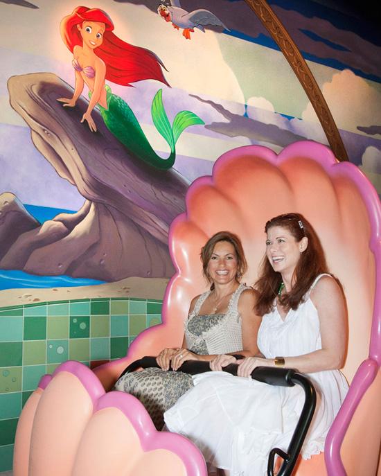 [Disney California Adventure] The Little Mermaid: Ariel's Undersea Adventure (2011) - Page 18 Mhd018381SMALL