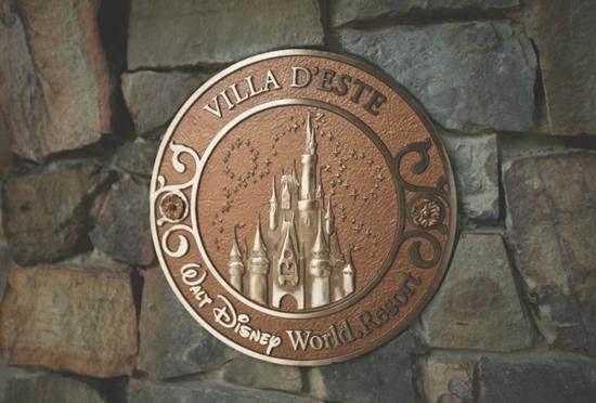 Golden Oak : habitez à Walt Disney World ! - Page 4 Med932322SMALL