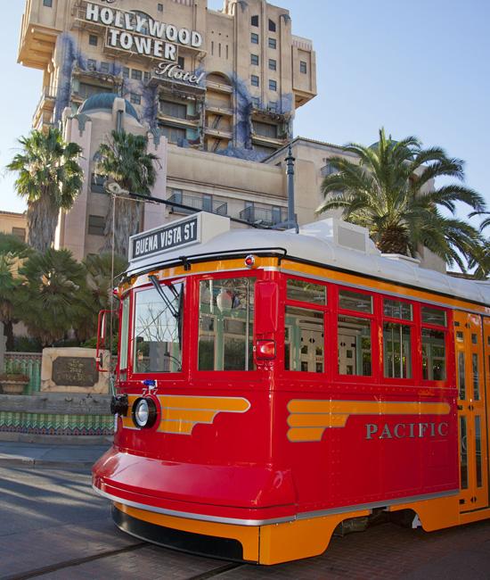 [Disney California Adventure] Placemaking: Pixar Pier, Buena Vista Street, Hollywood Land, Condor Flats - Page 15 Red118492SMALL