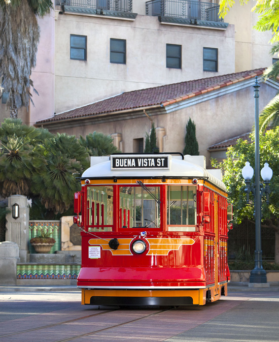 [Disney California Adventure] Placemaking: Pixar Pier, Buena Vista Street, Hollywood Land, Condor Flats - Page 15 Red338291SMALL