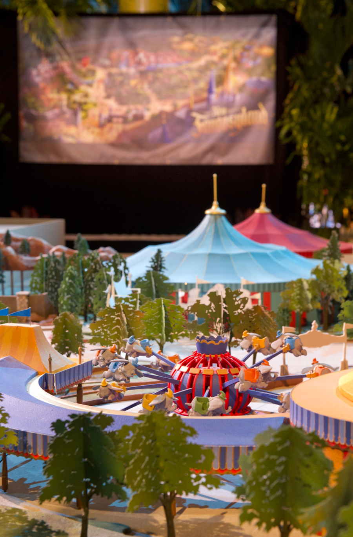 [Magic Kingdom] New Fantasyland - Storybook Circus (mars 2012) - Page 2 10ndm123234LARGE