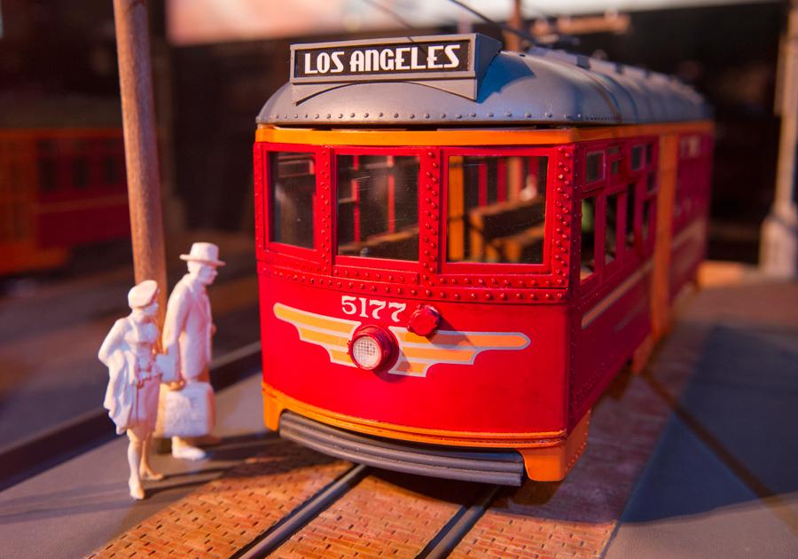 [Disney California Adventure] Placemaking: Pixar Pier, Buena Vista Street, Hollywood Land, Condor Flats - Page 16 7ndm123234LARGE