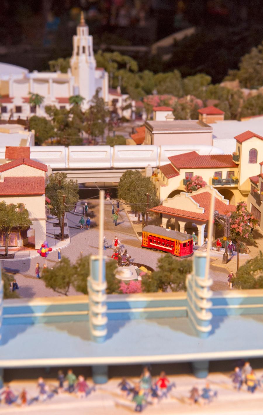 [Disney California Adventure] Placemaking: Pixar Pier, Buena Vista Street, Hollywood Land, Condor Flats - Page 16 9ndm123234LARGE