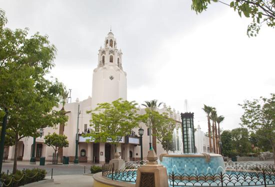 [Disney California Adventure] Placemaking: Pixar Pier, Buena Vista Street, Hollywood Land, Condor Flats - Page 16 Ccf250908SMALL