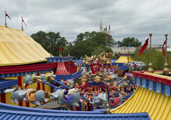 [Magic Kingdom] New Fantasyland - Storybook Circus (mars 2012) - Page 2 1dum118975SMALL