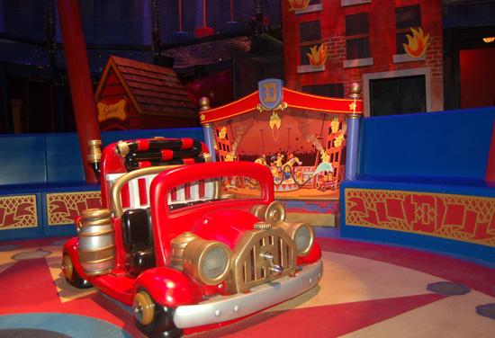 [Magic Kingdom] New Fantasyland - Storybook Circus (mars 2012) - Page 2 Dum228943SMALL