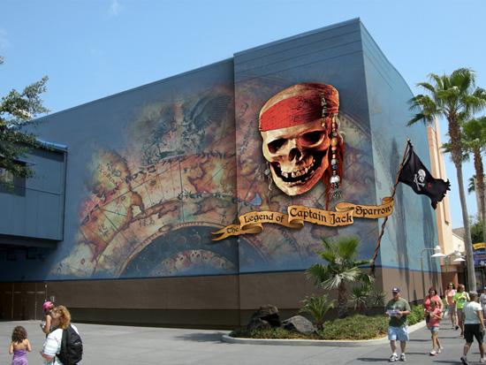 [Disney's Hollywood Studios] The Legend of Captain Jack Sparrow (06 décembre 2012) Lcj098125SMALL
