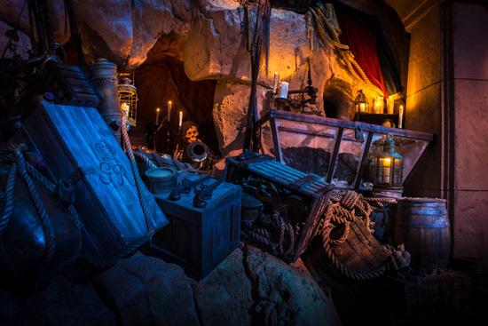 [Disney's Hollywood Studios] The Legend of Captain Jack Sparrow (06 décembre 2012) Lcj869233SMALL