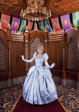 [Disneyland Park] Nouveautés à Fantasyland: Fantasy Faire (12 mars 2013) et Mickey and the Magical Map (25 mai 2013) - Page 3 Cin690486SMALL