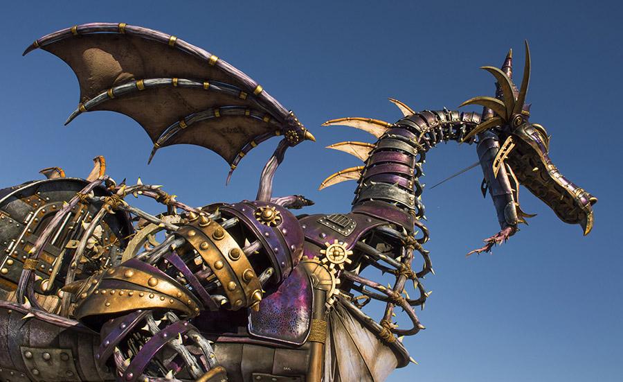[Magic Kingdom] Disney Festival of Fantasy Parade (09 mars 2014) - Page 3 0112ZW_0698KP