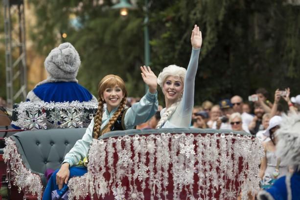 [Disney's Hollywood Studios] Frozen Summer Fun (été 2014) - Page 2 MFF807742-613x408