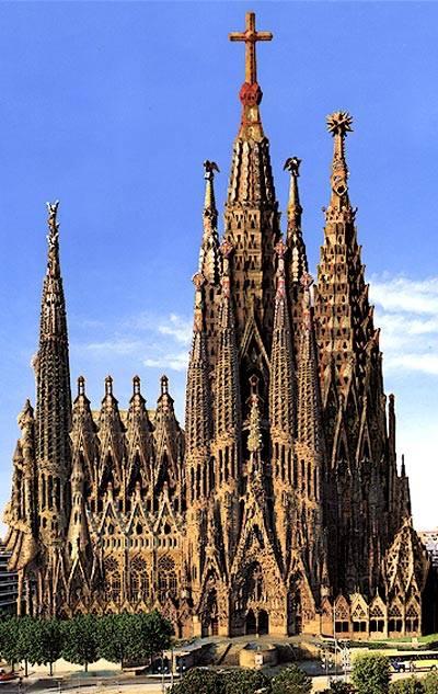 Gaudijeva arhitektura - Page 2 Barsa%2010