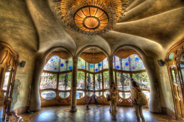 Gaudijeva arhitektura - Page 2 Barsa%204