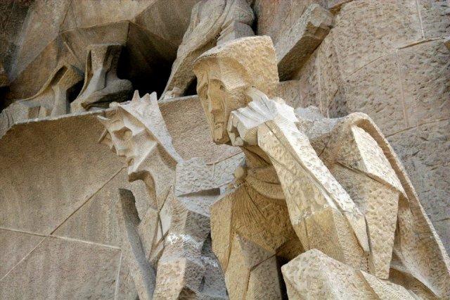 Gaudijeva arhitektura - Page 2 Barsa%205