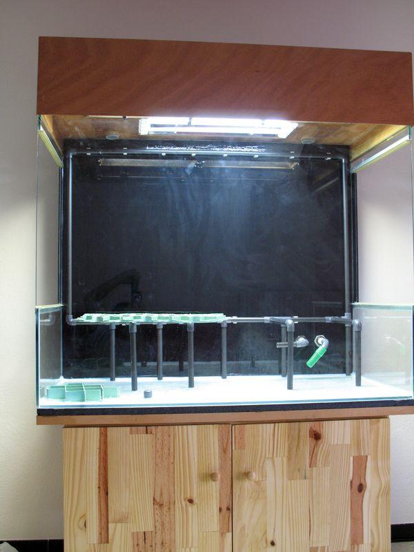 Aquaterrarium de Patrice_B - Page 3 Faux_sol_cadre_mur_1