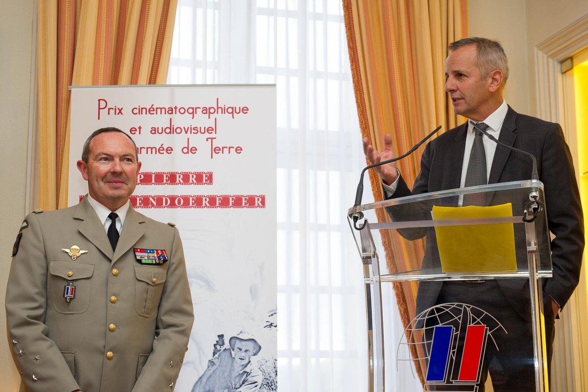 Remise du prix Pierre Schoendoerffer CIboiThUsAI9MJ-